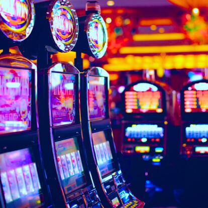 Как играть в игровые автоматы Ультра Хот